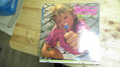 Paveier ‎– Alles Okay LP , complete signed by the artists , rar