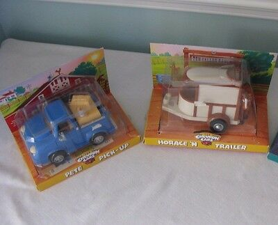 Chevron Cars~Lot Of 2~Horace 'n Trailer~Pete Pick-Up~With Boxes~Horse~1997