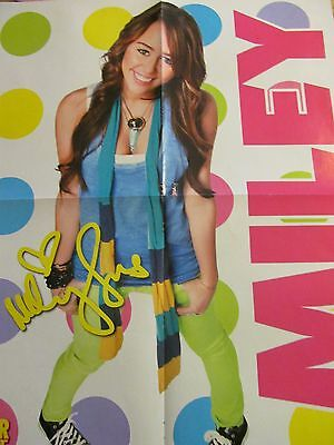 Miley Cyrus, Taylor Lautner, Double Four Page Foldout Poster