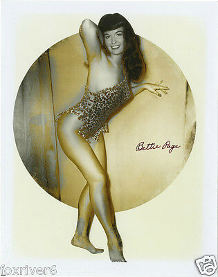 BETTIE PAGE Signed Photograph - Pin-Up Model - Preprint