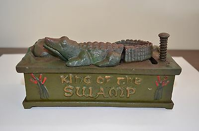 Old 1935 Mechanical Bank Cast Iron Money Box -  KING OF THE SWAMP - Alligator