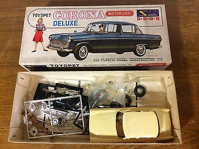 Vintage Sanwa Motorized Toyopet Corona Deluxe 1/32 Model Kit Car