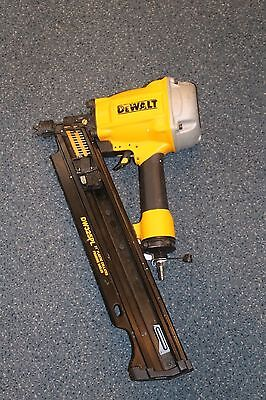 DeWalt D325PL 21 Degree Plastic Collated Framing Nailer * Pre-owned*