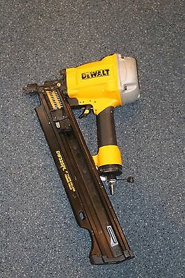 """DeWalt DW325PL 21 Degree Plastic Collated (2""""-3.25"""") Framing Nailer * Pre-owned*"""