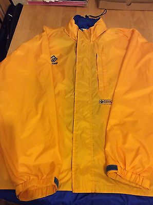 ronhill running jacket