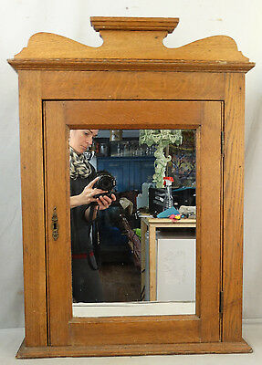 Ca. 1900 Antique VICTORIAN Era OAK Wood MIRRORED Old Hanging MEDICINE CABINET