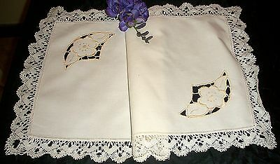 996 Vintage Cream Linen Table Runner Hand Embroidered Cut Outs