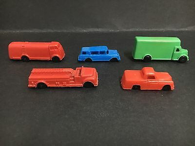 Cereal Toy Lot 1960 Kellogg-Ville Lot Of 5 #1 Green, #5 Red, #4 Red, #6 Blue #7