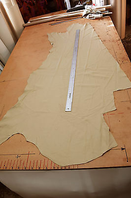 UPHOLSTERY SMALL HALF LEATHER HIDE PALE SAND BOAT CAMPER QUALITY 20 sq ft? SSL7
