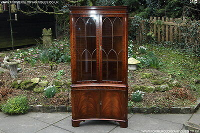 Bevan Funnell Mahogany Corner Display China Cabinet Cupboard Shelves Hall Stand