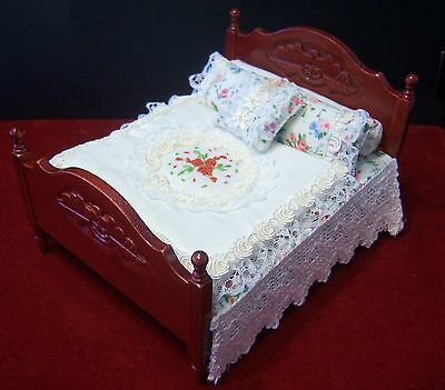 Miniature 1/12th scale dolls house DOUBLE BED SET - handmade bedding