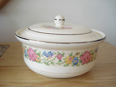 Vintage Harker Hot Oven PETIT POINT Covered Casserole Pristine & Clean