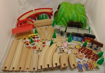Maxim Mountain Wooden Train Track Over 50 Pieces of Track and Accessories HUG...