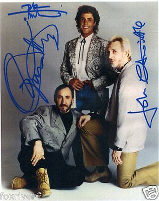 THE WHO Signed Photograph - Rock Band - preprint