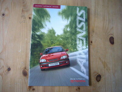Toyota Avensis brochure, 2000, excellent condition