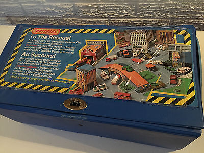 """VINTAGE MATCHBOX LESNEY 1970's """"TO THE RESCUE"""" COMBINATION PLAYSET CARRYING CASE"""