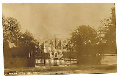 Shipton Under Wychwood,oxfordshire,southeast England,the Court,coombes Rppc