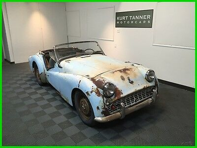 1960 Triumph TR3  1960 TRIUMPH TR3A ROADSTER. BLUE / NAVY BLUE TRIM. 4-SPEED. MATCHING NUMBERS.