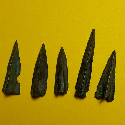 Lot Of 5 Ancient Miniature Bronze Arrowheads