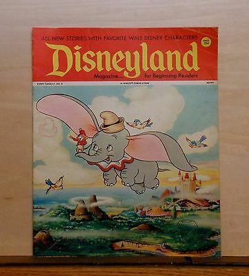Disneyland Magazine #8 - Dumbo & Timothy cover - 1972 Fawcett - large issue