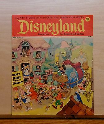 Disneyland Magazine #7 - Mickey & Disney Parade - 1972 Fawcett - large issue
