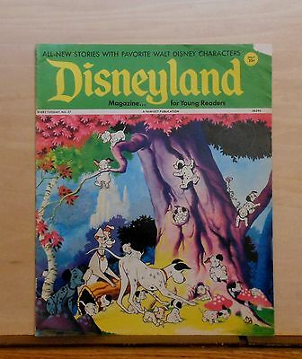 Disneyland Magazine #27 - 101 Dalmatians cover - 1972 Fawcett - large issue