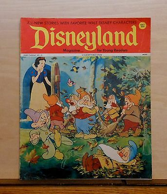 Disneyland Magazine #41 - Snow White & Dwarfs cover - 1972 Fawcett - large issue