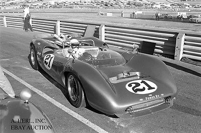 Ford GT40 paddock racing photo first model year 1964 – photograph photo