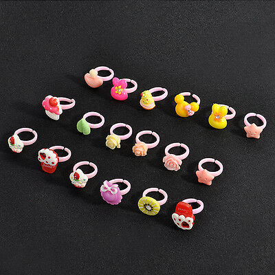 20PCS Lots Mixed theme Random Cartoon Lovely Children Kids Resin Lucite Rings