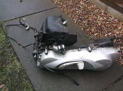 Peugeot Looxor 100 Scooter complete engine 2002 working engine