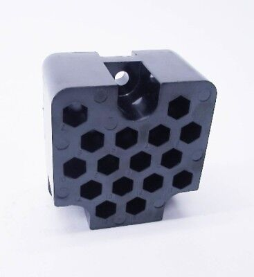 New GE 006505244P001 16 Holes Magnablast Block Sec. Disconnect F
