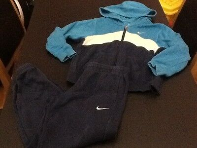Kids NIKE Full Tracksuit Hoodie Joggers Bottoms  AGE 6-7years