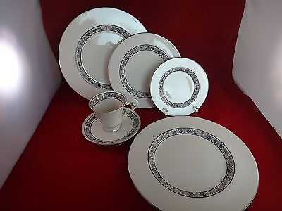 Pickard BARCELONA 5 Piece Place Setting with Extra Dinner Plate ~MINT~