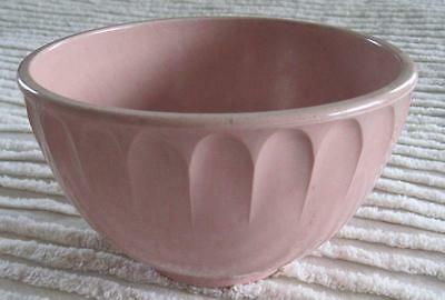 Boonton Ware Pink Melmac Two Quart Mixing Bowl 511A