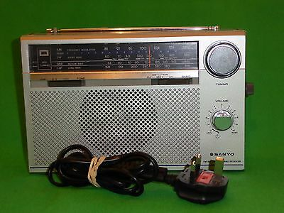 Vintage Retro Sanyo RP8800 Radio FM SW LW MW With Mains Lead Tested Working