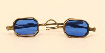 Pair of 18th to early 19th c metal and blue glass sunglasses - spectacles
