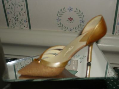 2003 Just The Right Shoe   Figurine-Tantalizing Topaz-Good Condition