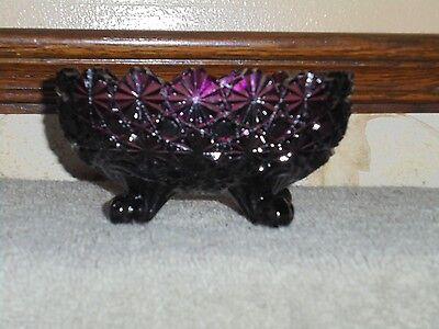 VINTAGE L G WRIGHT GLASS DAISY and BUTTON AMETHYST FOOTED CANDY DISH by FENTON