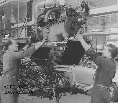 Mercedes-Benz 300 SL – assembly at Mercedes factory 1955 - photograph