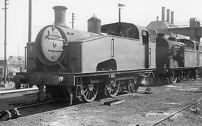 Photo Ex LNER Class J50 No 68929 at Doncaster Works in June 1961 RCTS