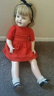 """Composition Doll 24"""" unmarked girl 40's"""