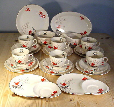 """Alfred Meakin """"Stag"""" 1950s Large Tea Set - 24 Pieces incl. Tennis Plates"""