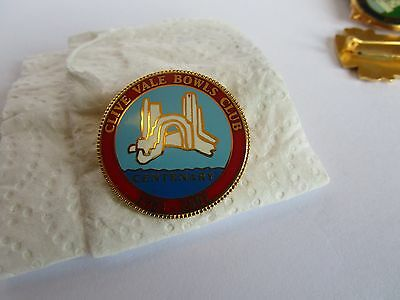 """Badge Bowling Club """"clive Valley""""  Centernary Badge"""