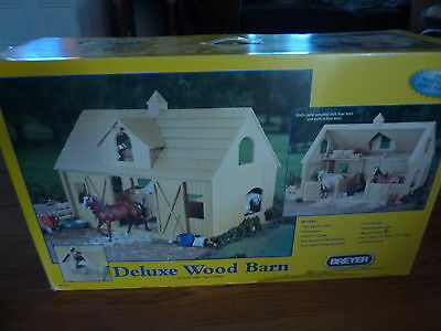 Breyer Traditional Horse Scale Deluxe Wood Barn  #302  NIB!