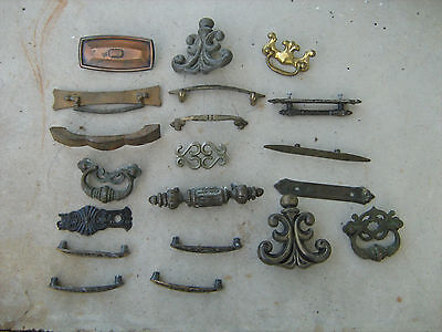 Estate Find Lot Of 20 Assorted Antique Furniture Hardware  Lot-4