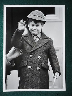 Antique Press Photo Prince William First Day at School Notting Hill London 1987