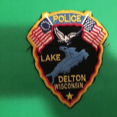 Lake Delton Wisconsin  Police Shoulder   Patch     Used