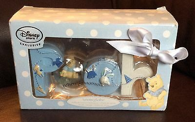 Boxed Winnie the Pooh snow globe from the Disney store RRP £10.00