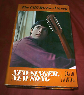 Book: CLIFF RICHARD STORY. NEW SINGER NEW SONG. David Winter. 1967. Illustrated.