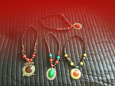 NEW - 4 x BEADED ASSORTED NECKLACES WITH LARGE PENDANT - JOB LOT